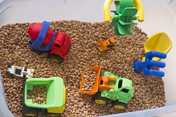 Сенсорные коробки для детей своими руками разный 78